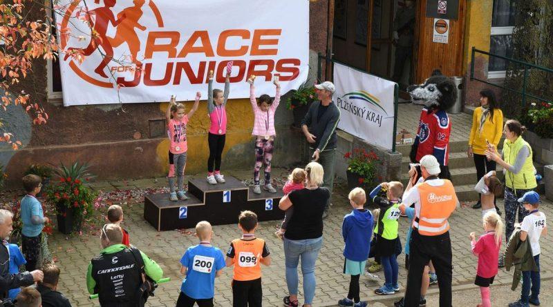 Běžeckýc terénní závod přes překážky pro děti Race for Juniors Rokycany aa