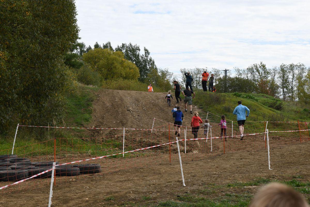 Běžecký terénní závod přes překážky pro děti Race for Juniors Rokycany h