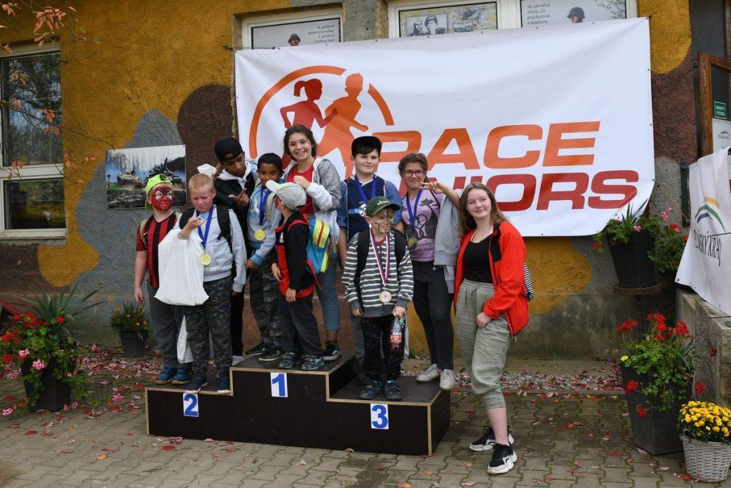 Běžecký terénní závod přes překážky pro děti Race for Juniors Rokycany ha