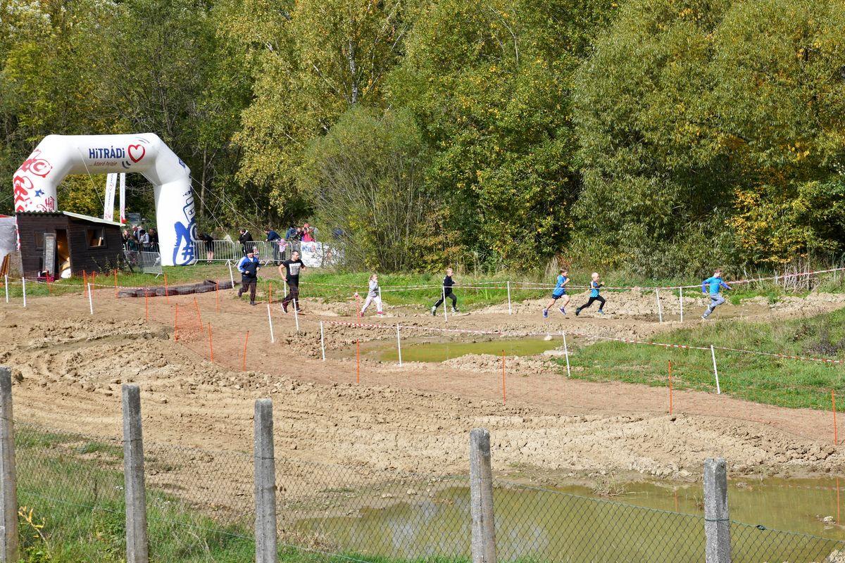 Běžecký terénní závod přes překážky pro děti Race for Juniors Rokycany o